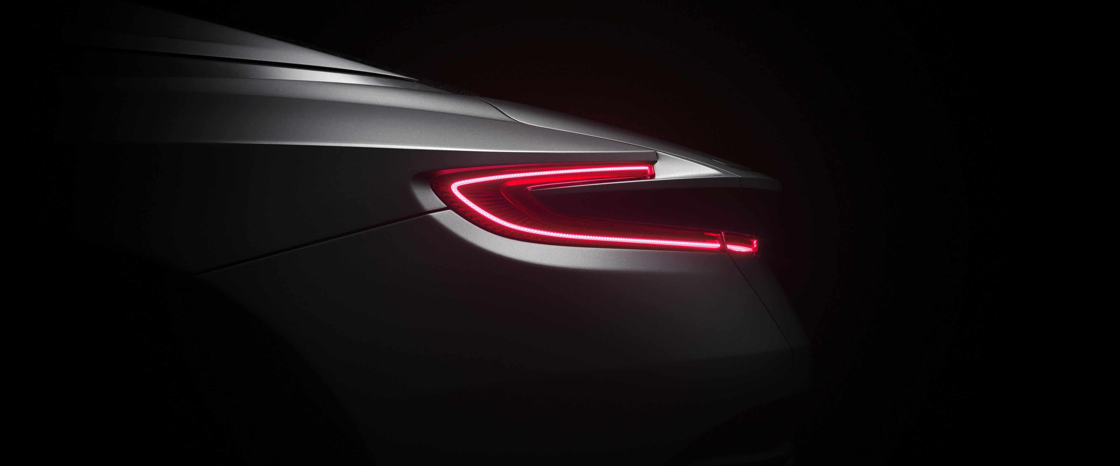 Aston Martin DB11 2017 - Tail Lights