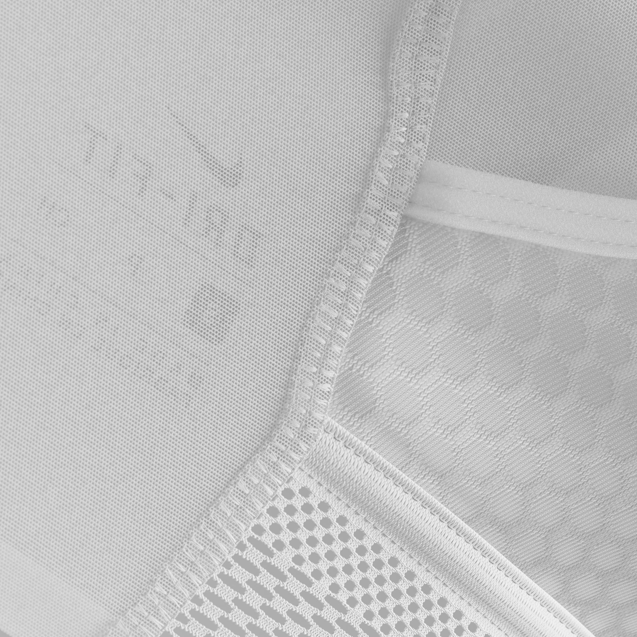 Nike_Ultrabreathe_Bra_Indy_White_Macro_02_2K