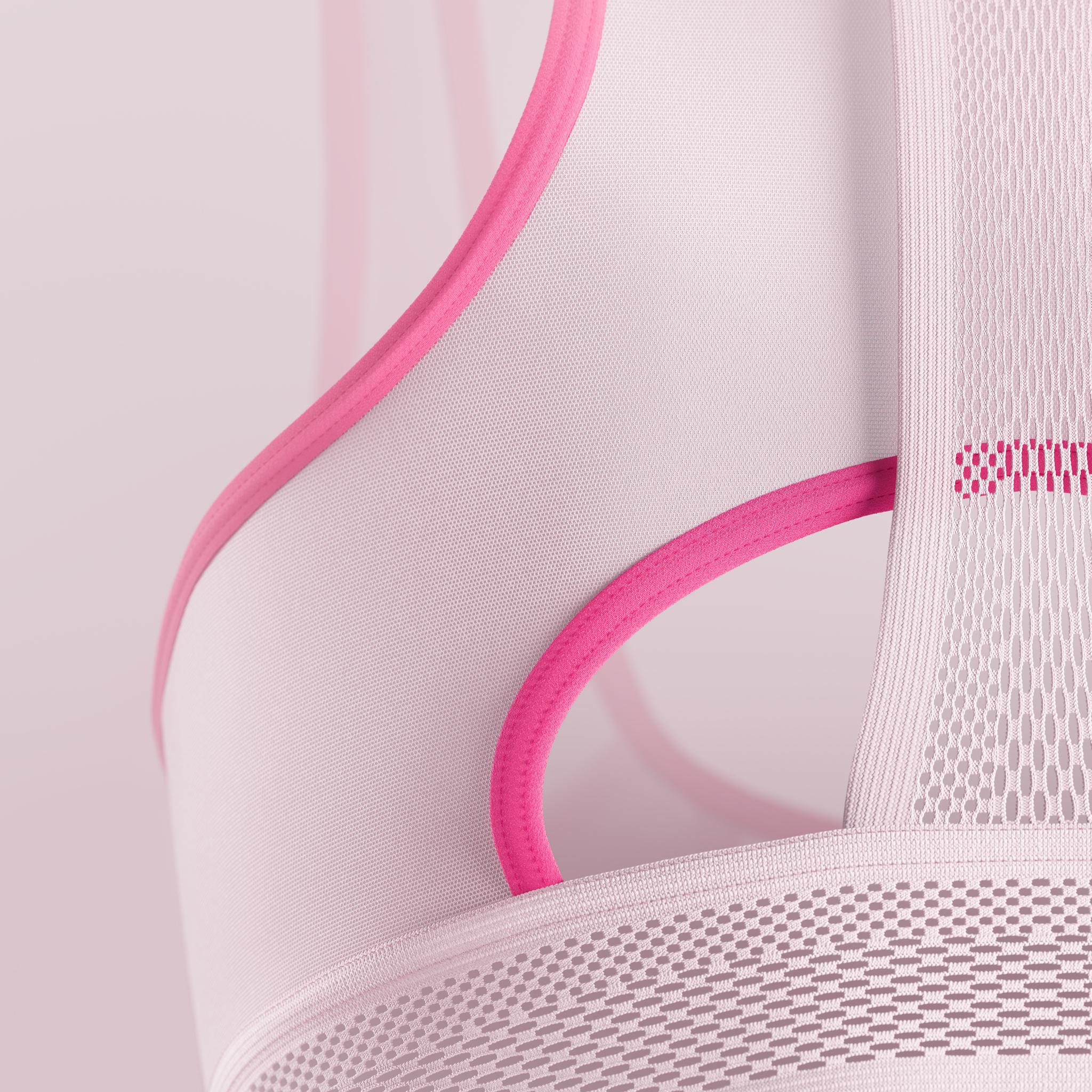Nike_Ultrabreathe_Bra_Swoosh_Closeup_02_2K